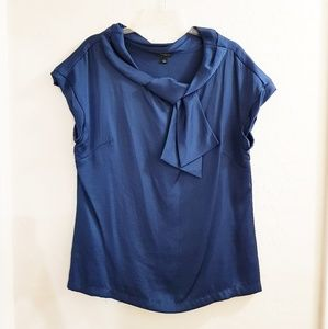 NWOT Ann Taylor Bow Ruffle Sleeve Blouse Large